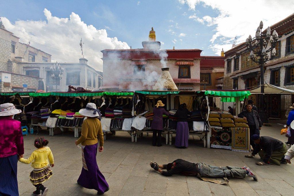 circling Jokhang Temple