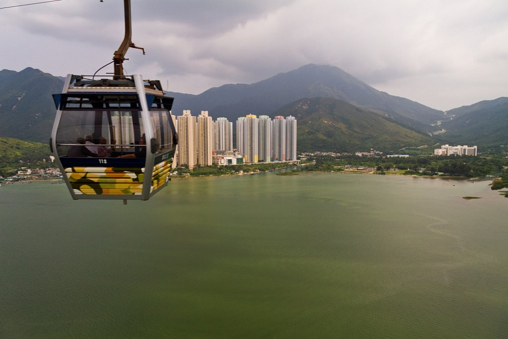 Lantau Peak cable car